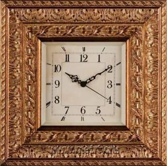 Часы в раме